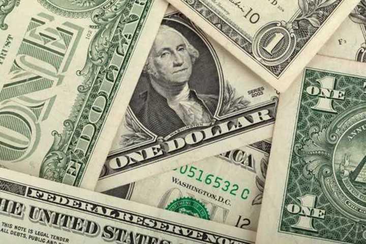 Video: Cotizaciones del dólar blue, dólar oficial y dólar turista este lunes 6 de abril
