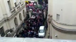 Trabajadores del Astillero Río Santiago toman el Ministerio de Economía de La Plata
