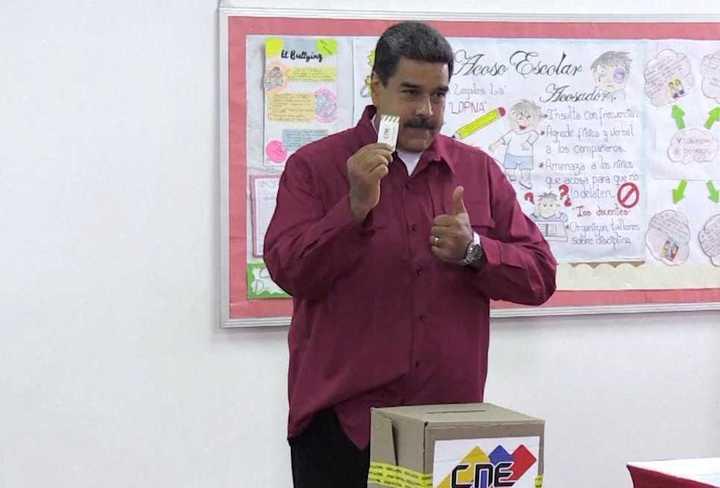 Nicolás Maduro vota en el elecciones presidenciales venezolanas