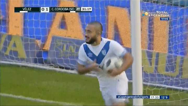 Vélez Sarsfield 1 - Central Córdoba (SE) 1. Matías Vargas marcó el empate de Vélez - Copa Argentina 2018