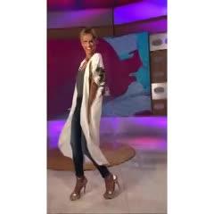 Mariana Fabbiani con la misma túnica que tenía Verónica Lozano. (Instagram)