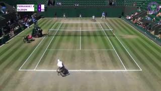 Gustavo Fernández cayó contra el sueco Stefan Olsson en la final de Wimbledon.