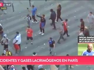 Incidentes y gases lacrimógenos en París