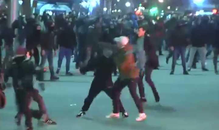 Incidentes en Bilbao, en la previa del partido entre Athletic y Spartak de Moscú. (La Vanguardia)