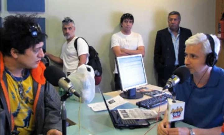 El día que Pity Álvarez sacó un arma en un estudio de radio