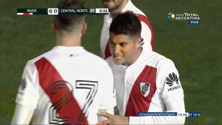 River Plate 6 - Central Norte 0. Palacios metió su segundo gol y el sexto de River - Copa Argentina 2018
