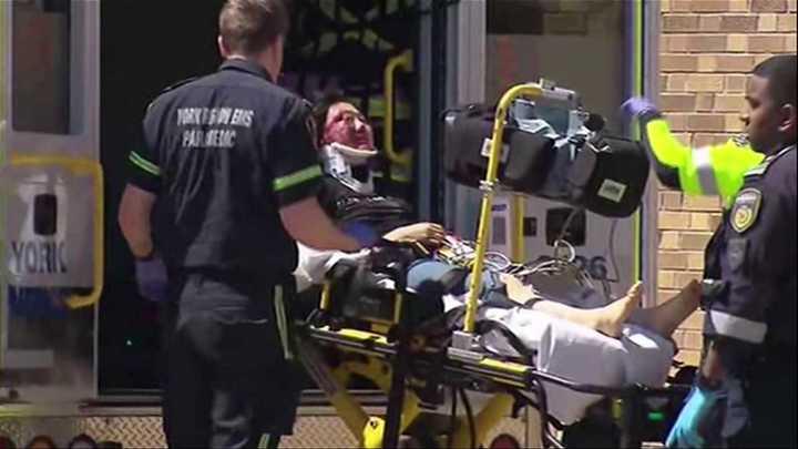 Un vehículo atropello a un grupo de personas en Toronto: 9 murieron y hay 16 heridos
