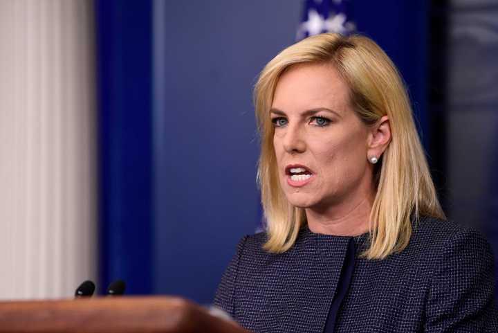 Escrache en Washington: La mala idea de la secretaria de Seguridad Nacional de Trump de cenar comida mexicana