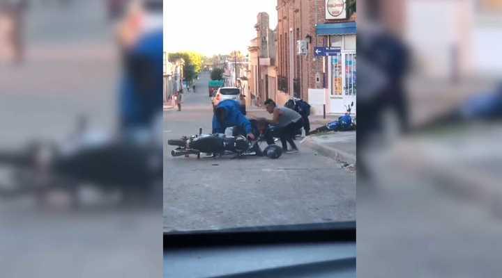Atacan a golpes a dos policías en Victoria, Entre Ríos