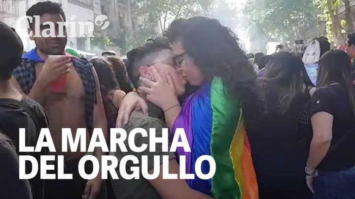 Todes en las calles: contra la discriminación y el ajuste, se realizó la Marcha del Orgullo