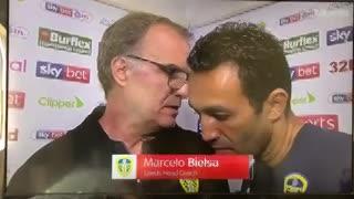 La insólita entrevista de Marcelo Bielsa, tras la primera victoria de Leeds
