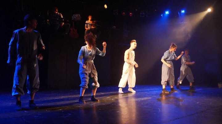 Upsala, el circo ruso, que entrena a delincuentes, huerfanos y discapacitados.