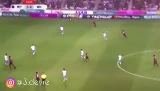 El primer gol de Andrés Iniesta en Japón.
