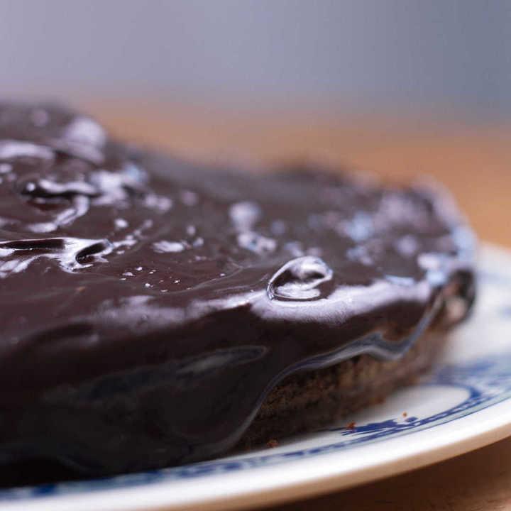 Receta de torta bomba de chocolate y dulce de leche