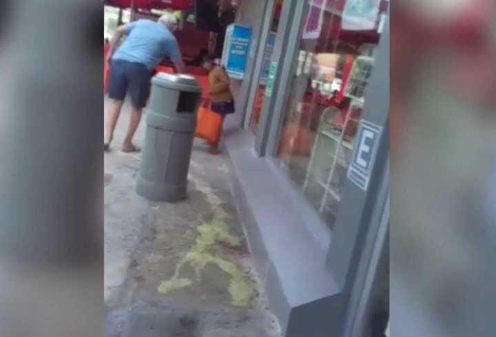 Cancún: Un hombre tiró ácido muriático para alejar a una nena indígena del frente de un comercio