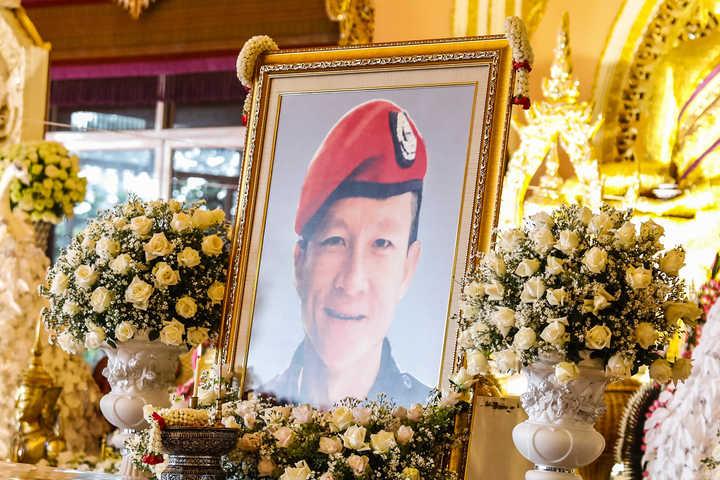 El homenaje de los chicos de Tailandia al buzo que murió en el rescate
