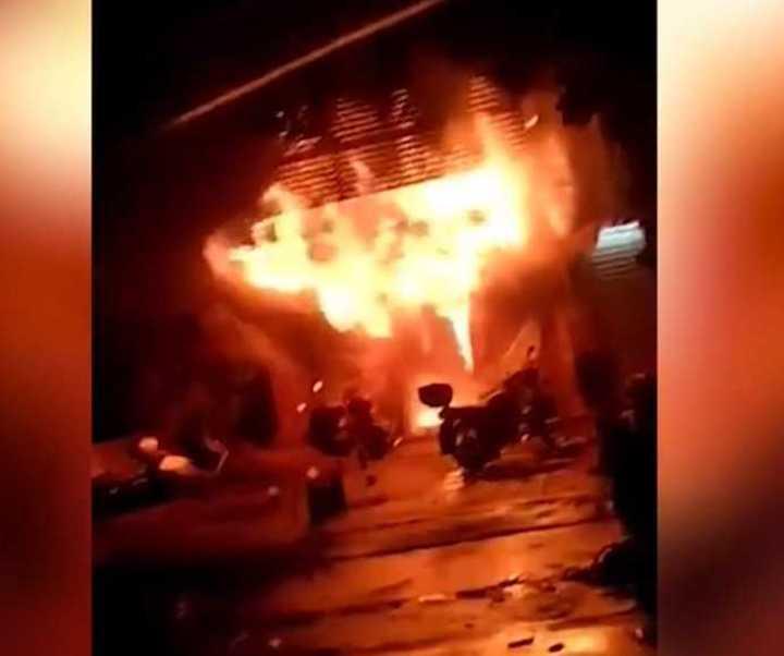 Incendio en un karaoke de China deja 18 muertos