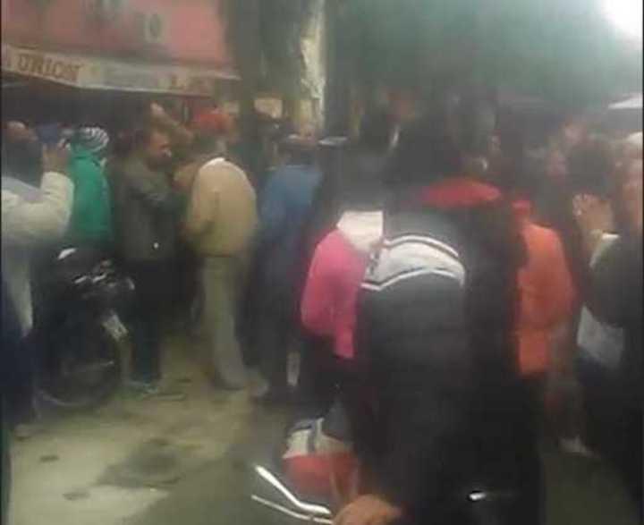 Escrache a un precandidato a intendente de Cambiemos en Santiago del Estero