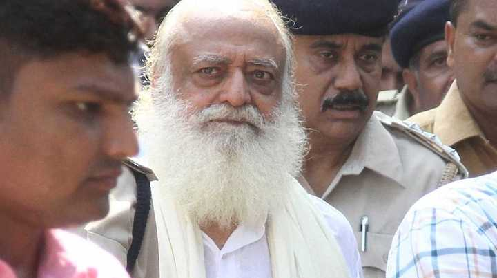 Gurú indio Asaram, condenado a cadena perpetua por violación