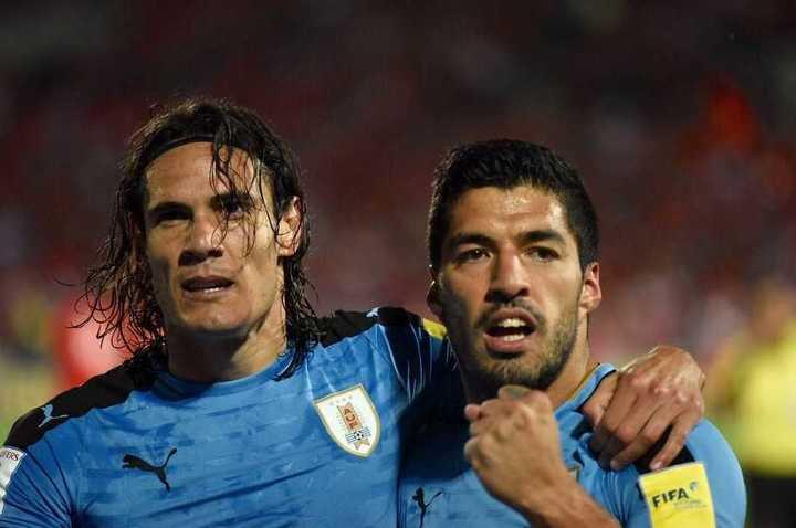 Cavani y Suárez le dieron la victoria a Uruguay sobre República Checa