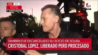 """Cristóbal López habló tras salir de la cárcel: """"No estuve preso, estuve secuestrado""""."""