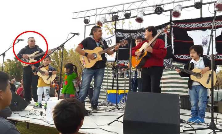 Un policía de Neuquén fue separado por usar un certificado médico trucho para irse de gira con su banda. (Ivan MeliYenOficial)
