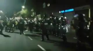 Los incidentes frente a la comisaría 18 de la Ciudad durante los cuales fue detenido Juan Grabois