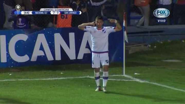 Bergessio puso el 2 a 0 de Nacional sobre San Lorenzo