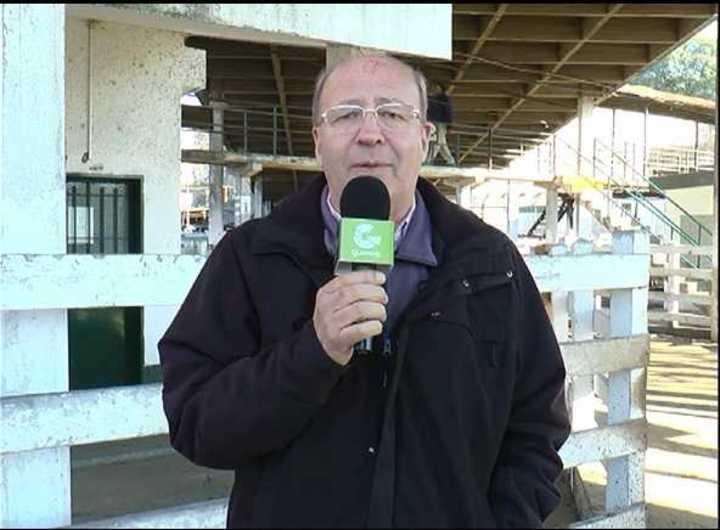Viernes en Liniers: entrada muy chica y plaza sostenida