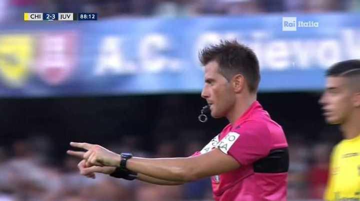 Polémica en Chievo Verona - Juventus se resolvió con el VAR