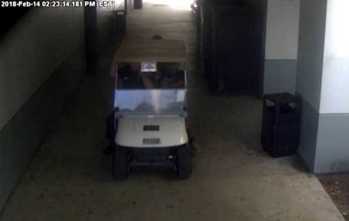 Cámara de seguridad de la secundaria Marjory Stoneman Douglas