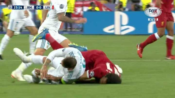 Duro golpe y preocupación por Salah