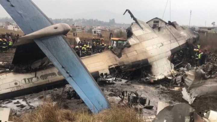 Se estrella un avión con más de 70 pasajeros en Nepal: hay 50 muertos