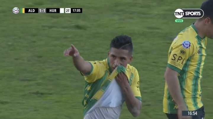 Empata Aldosivi con gol en contra de Salcedo