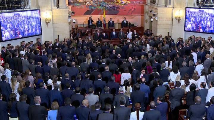 Las FARC llegaron al Congreso y generaron polémica en Colombia