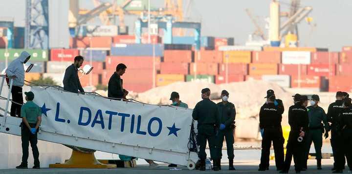 Fin de la odisea: el Aquarius llegó a Valencia con 630 migrantes rescatados