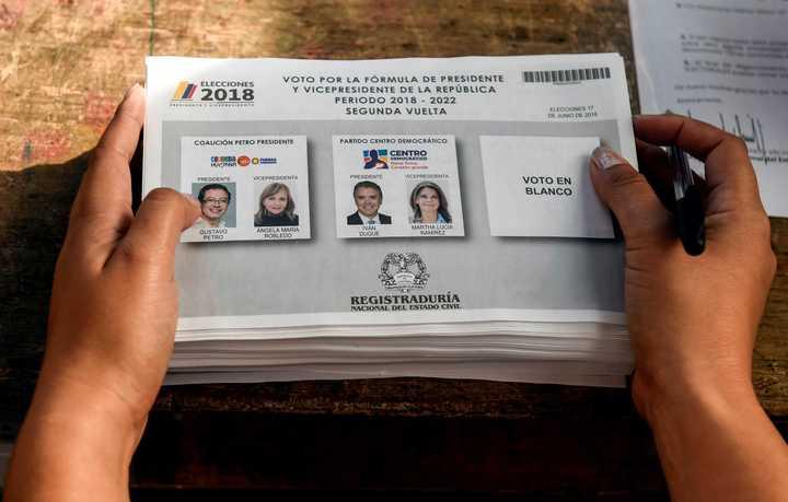 Colombia vota al sucesor de Santos: dos proyectos de país en juego