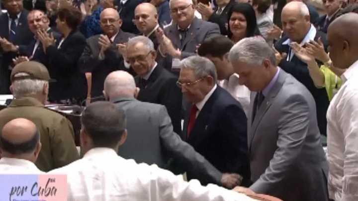 Parlamento de Cuba inicia proceso para elegir nuevo presidente