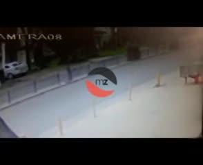Mató a un ciclista con su camioneta y huyó.