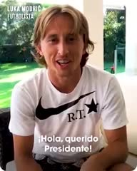Luka Modric saludó muy afectuosamente a Mauricio Macri.