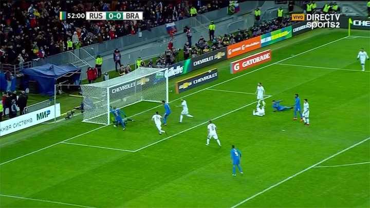Rusia 0 - Brasil 1