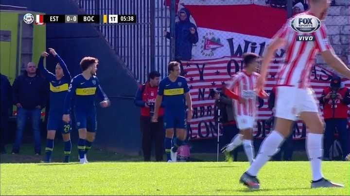 Carlos Izquierdoz se lesionó a los cinco minutos del primer tiempo