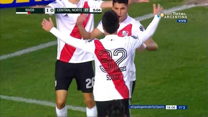 River Plate 1 - Central Norte 0. Gol de Nacho Scocco en el comienzo del partido - Copa Argentina 2018