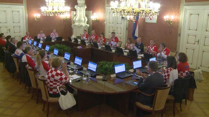 El gabinete de gobierno croata se vistió con la camiseta de su selección