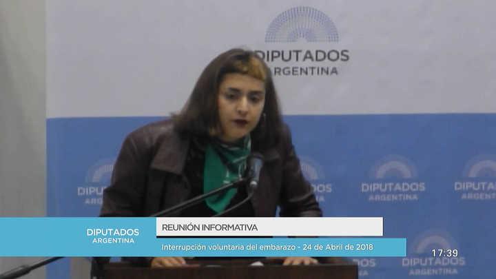 Camila Manfredi, la expositora más joven, dio un fuerte discurso a favor del aborto legal
