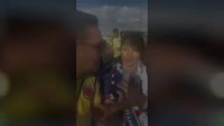 Colombianos se burlan de hinchas japonesas en el Mundial.