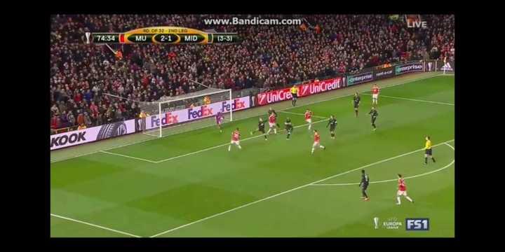 El doblete de Marcus Rashford al Midtjylland y Arsenal.