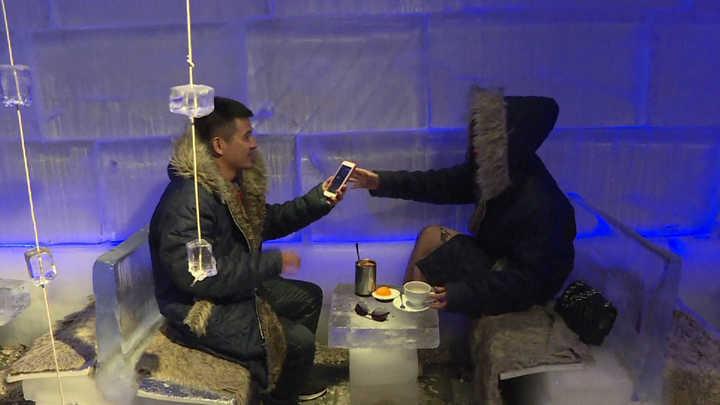 Un café bajo cero para soportar las altas temperaturas