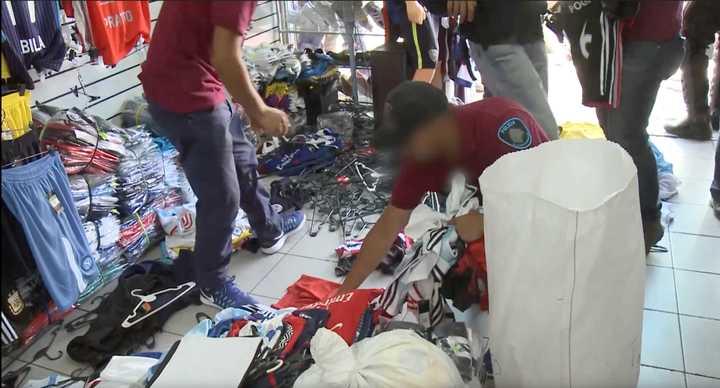 Operativos contra la venta ilegal en Liniers