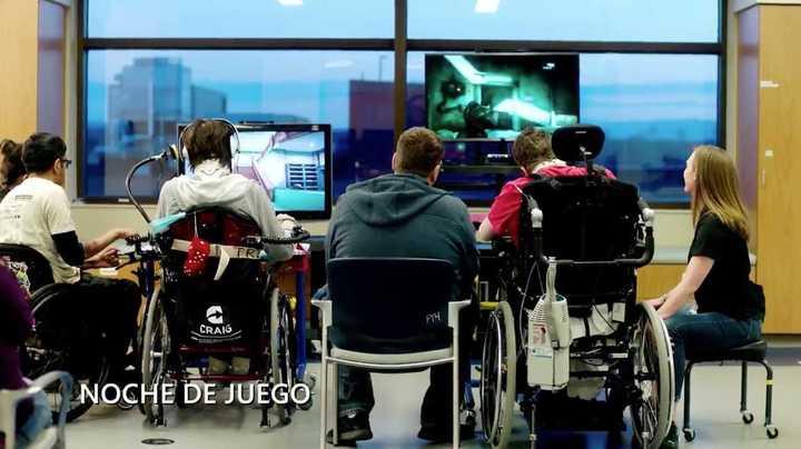 La presentación del joystick adaptable de Xbox para personas con movilidad reducida